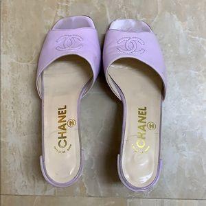 liliac chanel heels